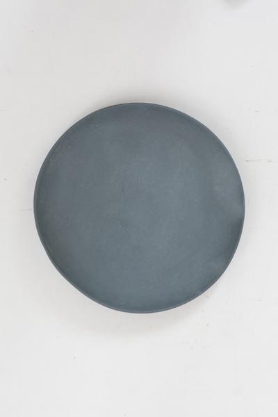 plates grey_golden biscotti